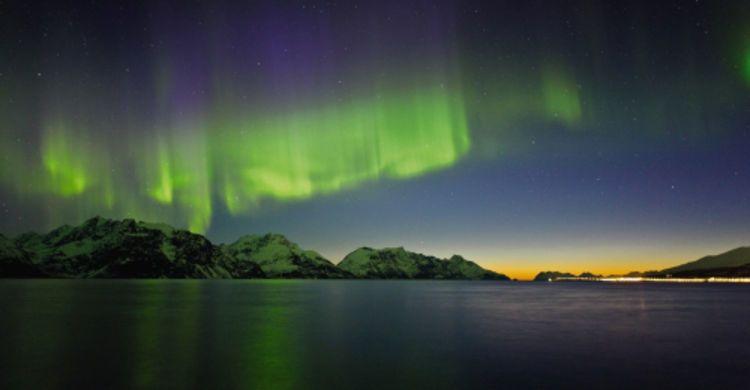 Hunt The Northern Lights With Hurtigruten
