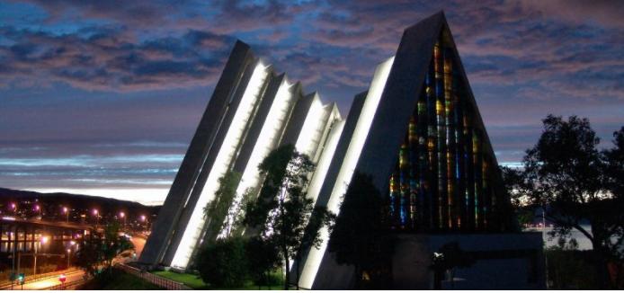 8C Midnatskoncert i Ishavskatedralen i Tromsø